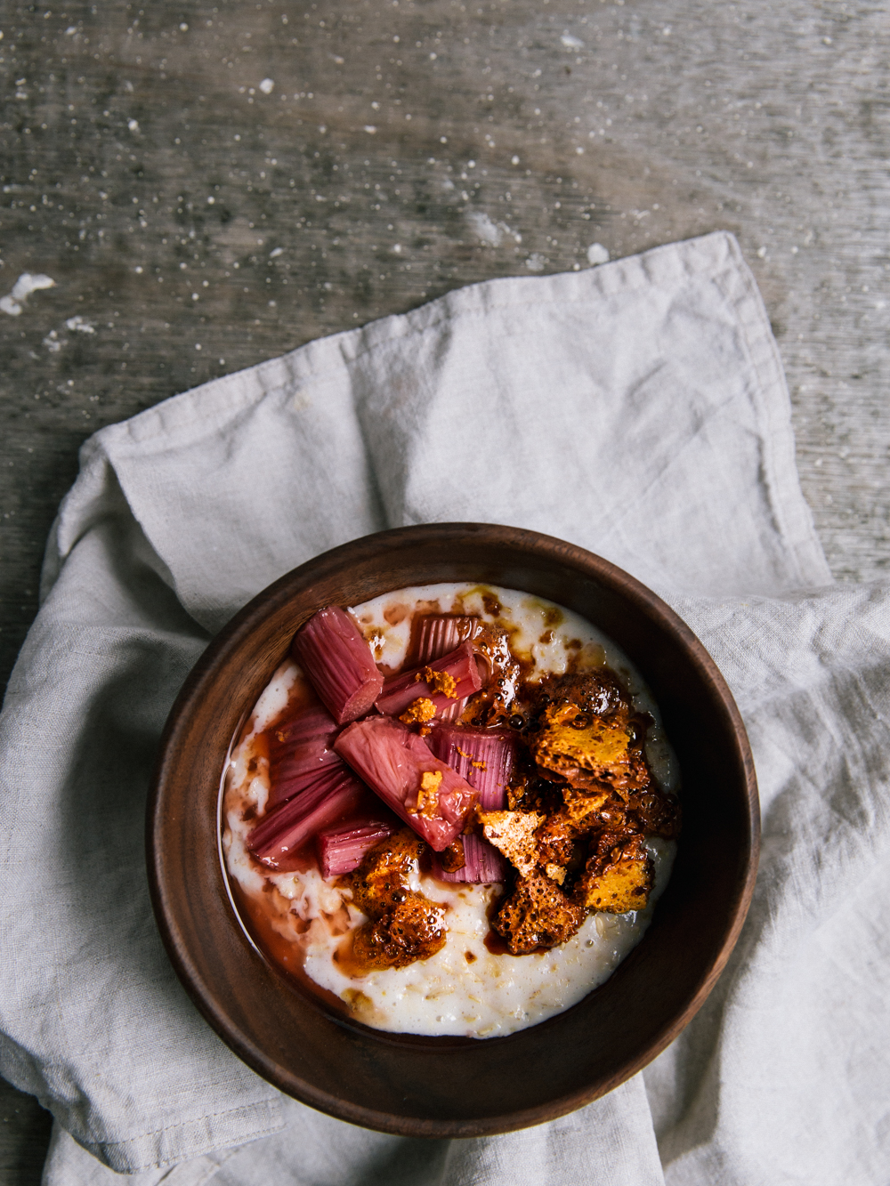 Rhubarb and Honeycomb Porridge